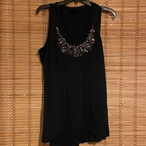 Black razorback tank with sequins